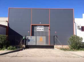 Nave industrial en calle Arroyo Cantaelgallo