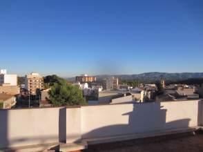 Edificio en Avenida Perez Galdos