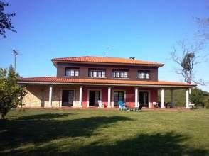 Casa en Oriente  Colunga