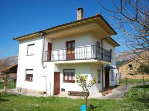 Casa en calle Mata, nº 139