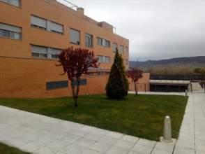 Pisos y apartamentos con 3 o m s habitaciones en - Los hueros villalbilla ...