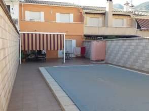 Casa adosada en Los Villares
