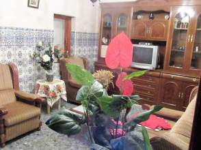Casa adosada en Badajoz Capital - Ctra. Sevilla - los Montitos