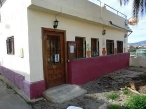 Casa adosada en calle Casas de Tallante, nº 31