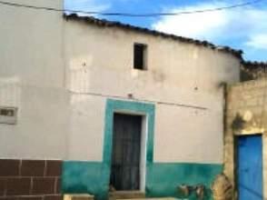Casa pareada en calle Castillo, nº 12