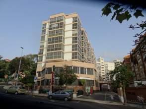 Garaje en Avenida Benito Perez Armas