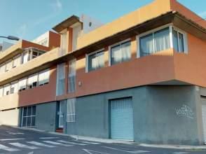 Ático en calle Domingo Pisaca Burgada