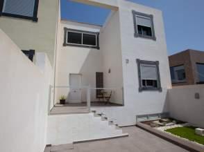 Casa pareada en calle Geranios los (Ens Pelada