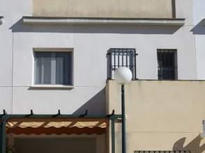 Casa adosada en calle Doctor Villa Diaz, nº 4