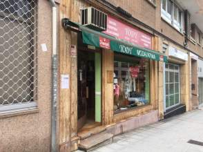 Local comercial en calle Alejandro Casona