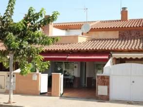 Casa adosada en Los Alcázares