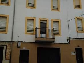 Casa adosada en calle Coria, nº 55