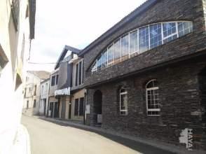 Local comercial en calle Capitan Cortes, nº 5