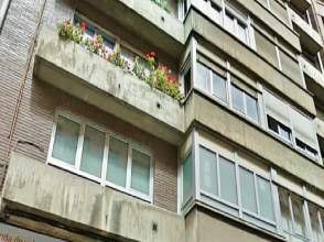 Piso en calle calle Jose María Pereda, nº 55