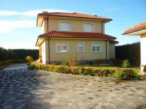 Casa en calle Lugar Novellana, nº 206