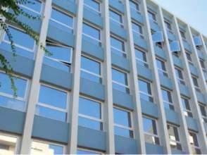 Oficina en calle Plaza Cerd #225; / P #186; Zona Franca
