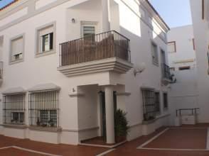 Casa adosada en Centro