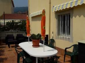 Casa adosada en calle Rosalia de Castro, nº 20