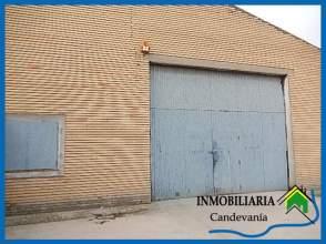 Nave industrial en El Campillo