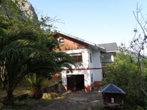 Casa unifamiliar en Avenida Otura, nº Sn