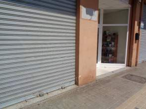Local comercial en calle Poeta Serrano Clavero
