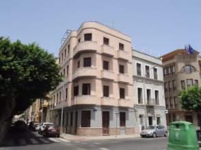 Local comercial en Avenida del General Aizpuru, nº 13
