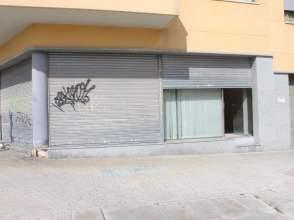 Local comercial en Avenida Masia D´En Frederic