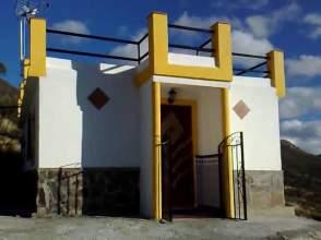 Casa rústica en Pasaje La Viñas