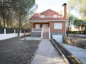 Casa unifamiliar en calle de los Castaños