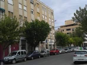 Pisos y apartamentos con 4 o m s habitaciones en huesca for Pisos alquiler huesca capital