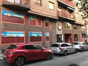Locales y oficinas de alquiler en fuente del berro for Oficinas del inss en madrid capital