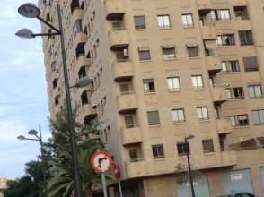 Locales y oficinas en sant lloren distrito rascanya for Oficinas la caixa valencia capital