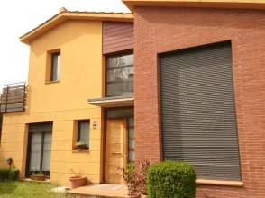 Casas y chalets con 1 o m s habitaciones en santa agn s de for Piscina santa agnes de malanyanes