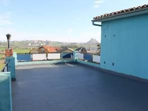 Casa en calle Ojaiz