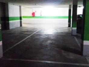 Garajes y trasteros en san fernando estaci n badajoz for Alquiler pisos badajoz capital