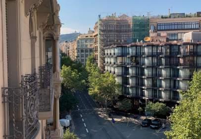 Apartament a Carrer de Muntaner, prop de Avinguda Diagonal