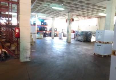 Nave industrial en calle Puerto Navafría, nº 29