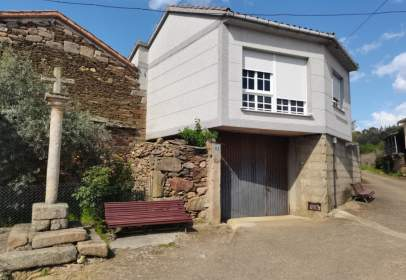 Casa en calle Principal-Caldeliñas