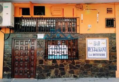 Local comercial a calle del Angel del Alcázar