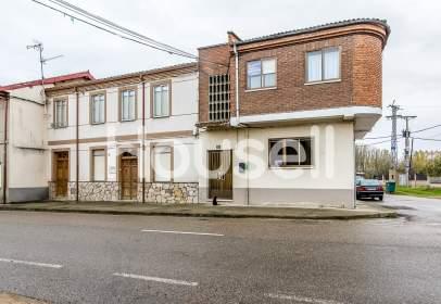 House in Carretera de Astorga