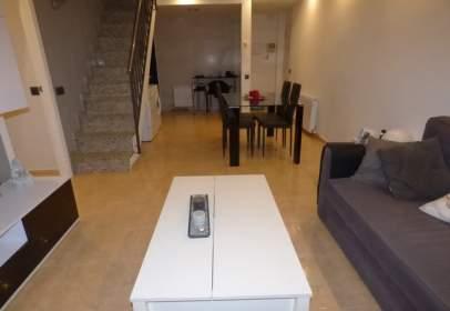 Duplex in Santa Susanna