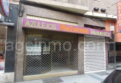 Local comercial en calle de Tudela, nº 1