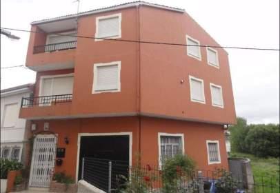Casa adosada en calle de Sixto