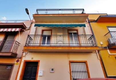Casa en calle de Ávila