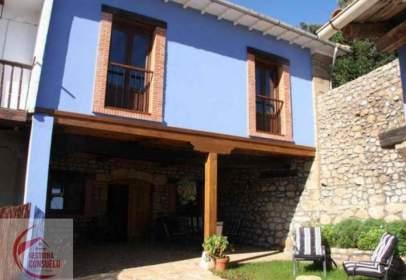 Casa pareada en Oreña
