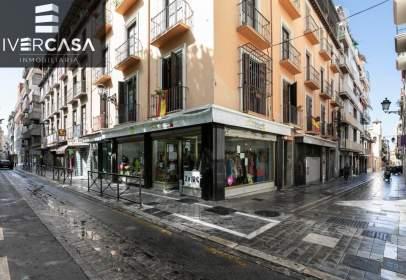 Pis a calle Santa Teresa