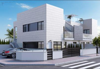 Casa en calle de Miraflores