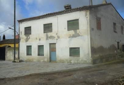 Rural Property in Villanueva de La Torre