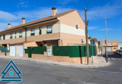 Paired house in calle del Cristo