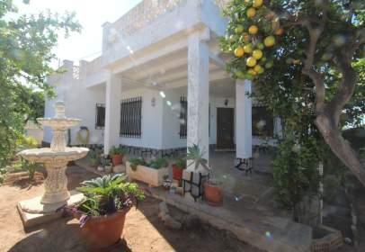 Casa en calle Monte Naranjo